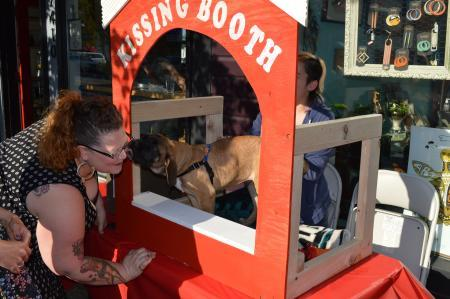 Puppy Kissing Booth!